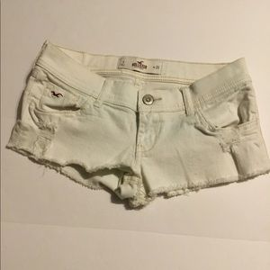 Hollister jean short white Size 3 distressed